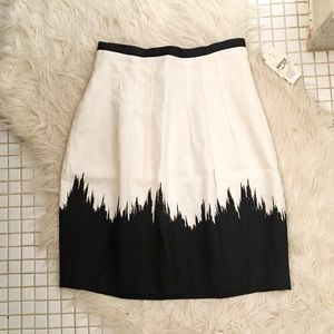 NWT Kensie Structured A Line Skirt